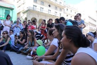 Ronda para Teresita Fernández en la Plaza de San Francisco de Asís, Habana Vieja