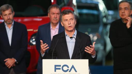 Macri en la automotriz Fiat, donde hizo un importante anuncio. Foto: La Nacion.