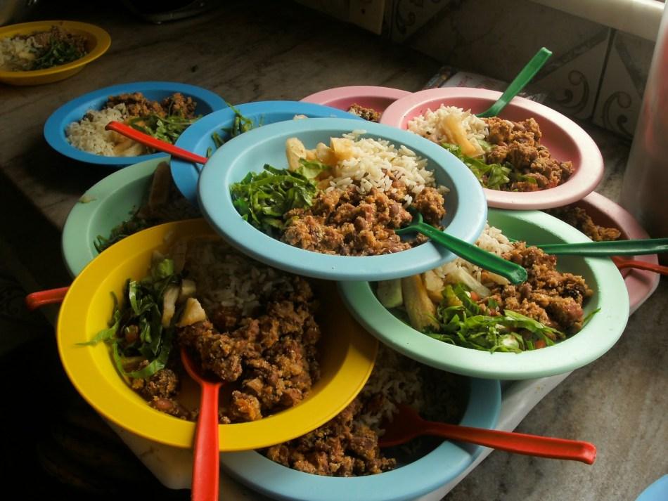 alunos-apresentam-quadro-de-intoxicacao-alimentar-depois-de-comer-merenda-escolar