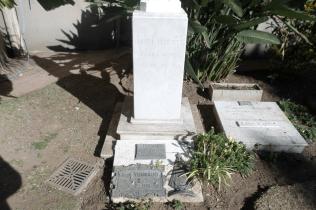 La Parroquia Nuestra Señora Del Carmen de la ciudad de Villa Allende es el lugar donde también reposan los cuerpos de estos tres Curas Párrocos : Gastón Vergonjeane (durante 30 años fue el Párroco de aquí, y su desaparición física se produce en 1952); Félix Gorreta (asume en 1953 y fallece en 1957) y Humberto Mariani (se hace cargo en 1970 y su deceso se produce el 16 de mayo del 2011).