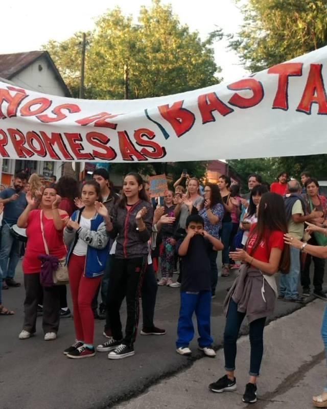 Escuela Especial Luis Morzone: histórico abandono 9
