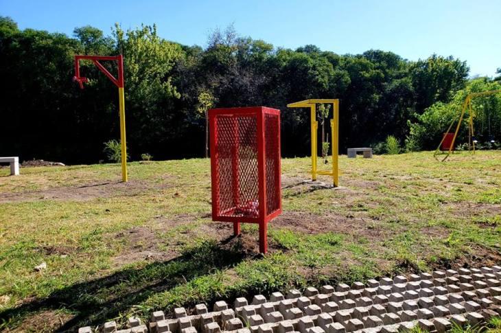 Inauguran un parque urbano en conmemoración al 15F 7