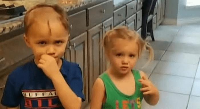 La madre los encontró con un nuevo look (vídeo)