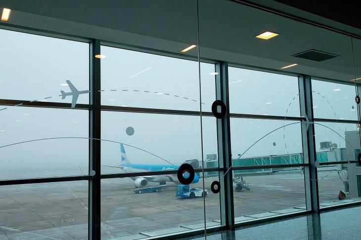 LA FOTO DEL DÍA: El aeropuerto de Córdoba estuvo cerrado varias horas por una espesa niebla 6
