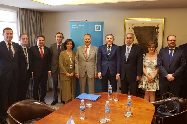 Schiaretti firmó en Madrid el financiamiento para la nueva Maternidad Provincial 4