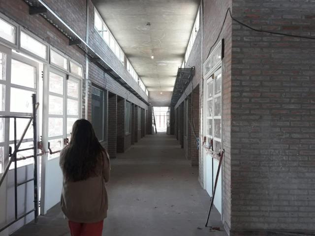 Colegio Morzone: continúa el reclamo por la entrega del nuevo edificio 21