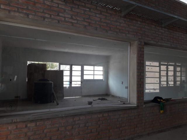 Colegio Morzone: continúa el reclamo por la entrega del nuevo edificio 22