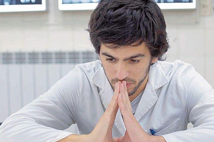 Lanzan un documental sobre el estrés en la facultad 7