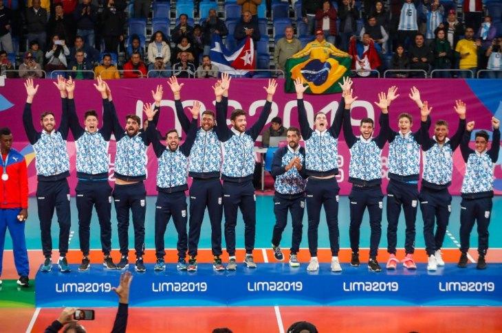 Medalla de oro para Argentina en básquet y vóley 10