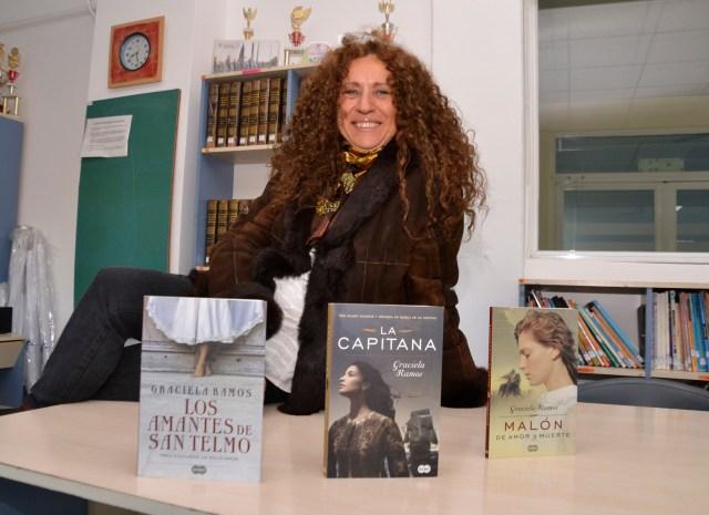 "Graciela Ramos: ""La novela es una forma de enriquecer la historia"" 2"