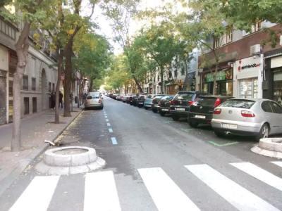 Hoy se aprecia en las calles la restricción al aparcamiento.