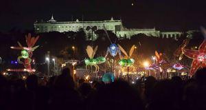 pasacalles-luz-solsticio-invierno-madrid-rio