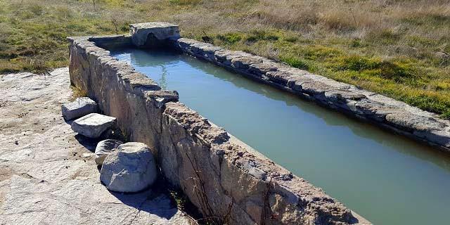 Fuente en la ruta a las Cabreras