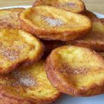 Torrijas y pestiños, las estrellas de las pastelerías madrileñas en abril