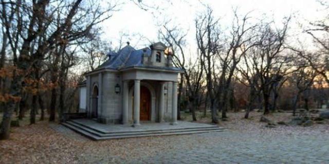 Ermita Virgen de Gracia en la Ruta al bosque de la Herrería