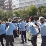 'Miércoles al sol', un encuentro intergeneracional en Chamberí
