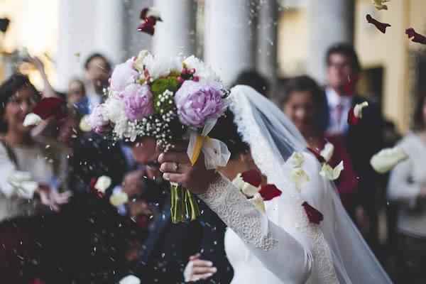bodas supersticiones arroz