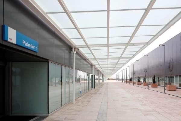 hospital zendal pasillo entrada