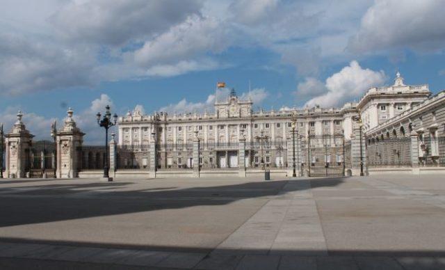 palacio-real-confinamiento-coronavirus-660x400
