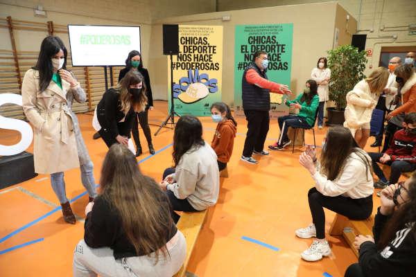Presentación proyecto #Poderosas deporte femenino