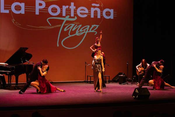 Actuación de tango argentino en Torrejón