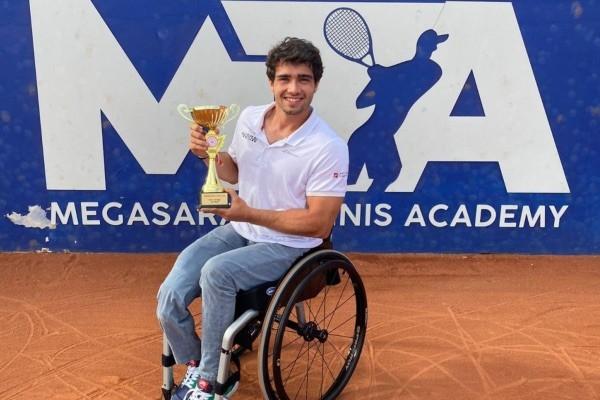 Daniel Caverzaschi