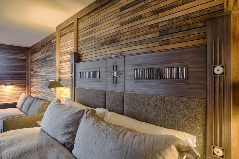 desk chair bed bath and beyond armrest protectors twilight cabin - el moore