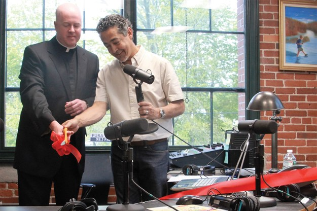 12-radio catolica se inauguró_1