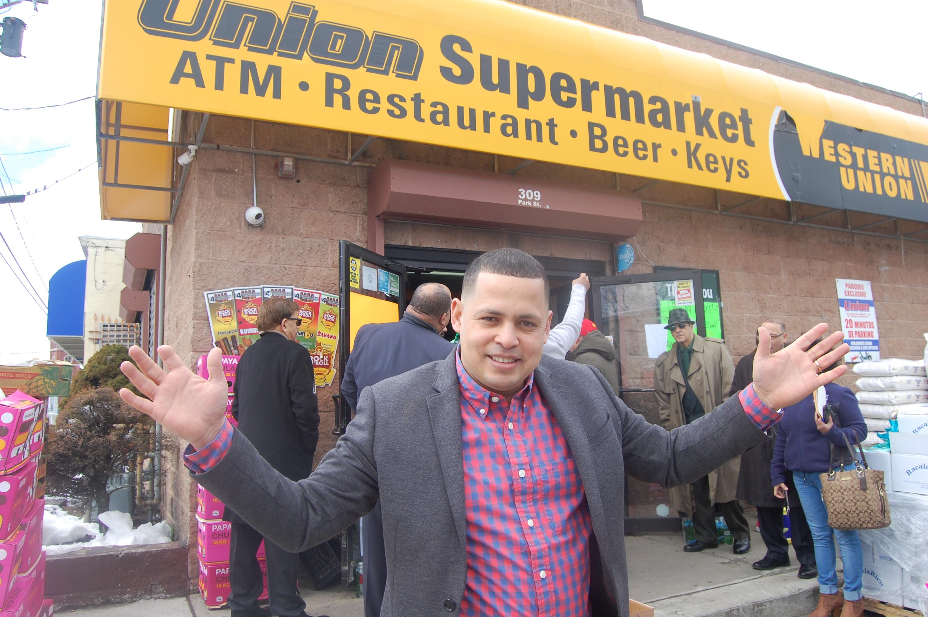 Dominicano abre cuarto supermercado en Lawrence | El Mundo Boston
