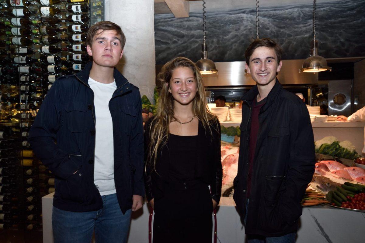 REST NOSTOS, Pie de Foto: Albert Giverin, Alexia Stevens y Magnus Giverin.