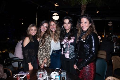 Cuca Díaz y amigas en la inauguración de Paramonte
