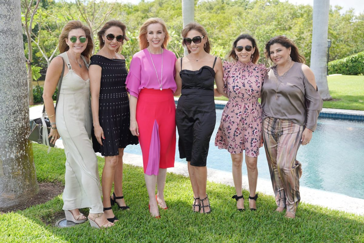 Iliana Ortiz, Monica Cuellar, Eva Hughes, Edith Cuellar, Adriana Altamirano, & Marilyn Ruiz