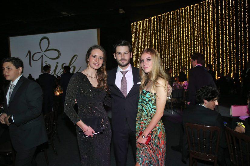 Daniela de la Macorra, Héctor Slim y Lorenza Barona.