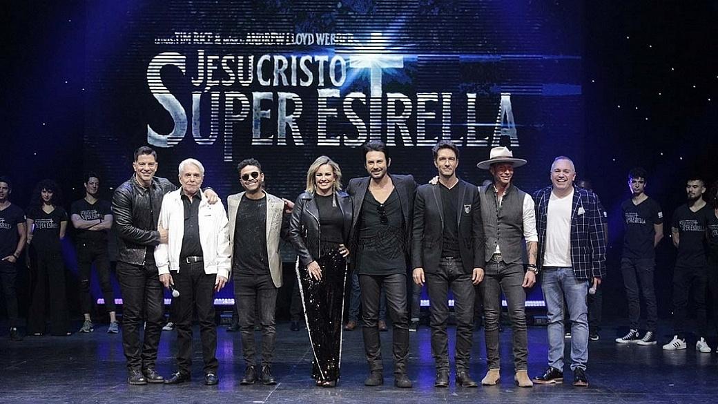 Elenco-de-la-Puesta-en-Escena-Jesucristo-Super-Estrella-1024x683-1040x585