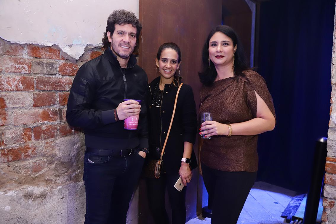 Alberto Recio, juliana Naranjo y Annel Dergal