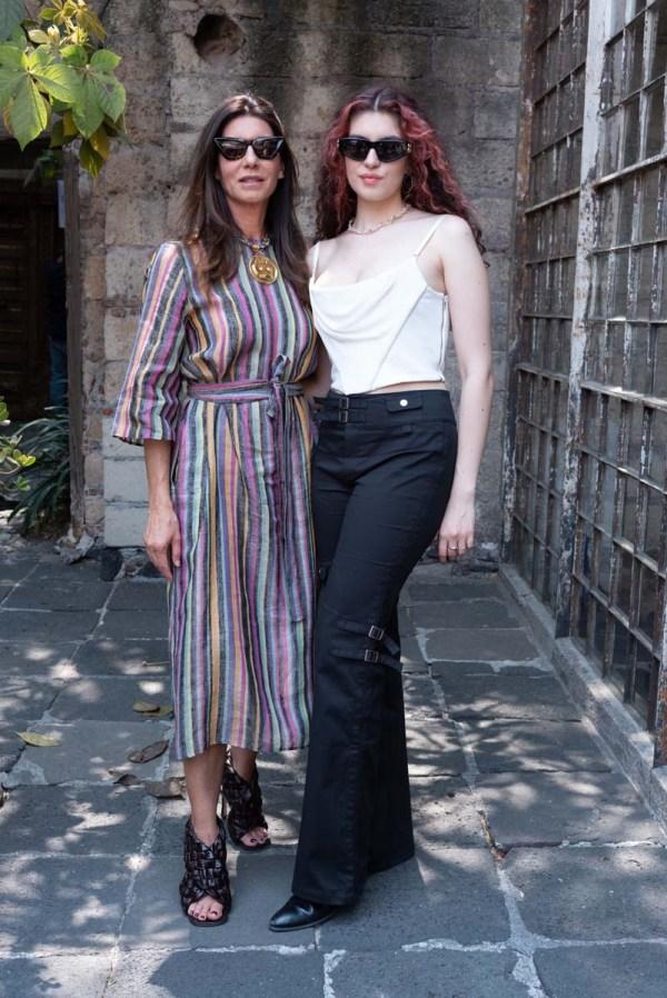 Gaby y Camilla Garza