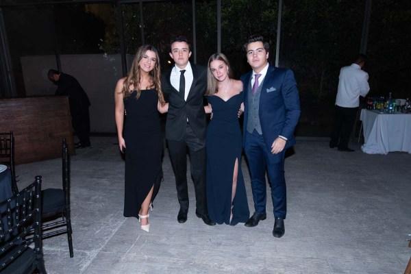 Graduación Colegio del Bosque: Sofía Vázquez, Aljax Brunel, Mika Sokol, Santiago Slim