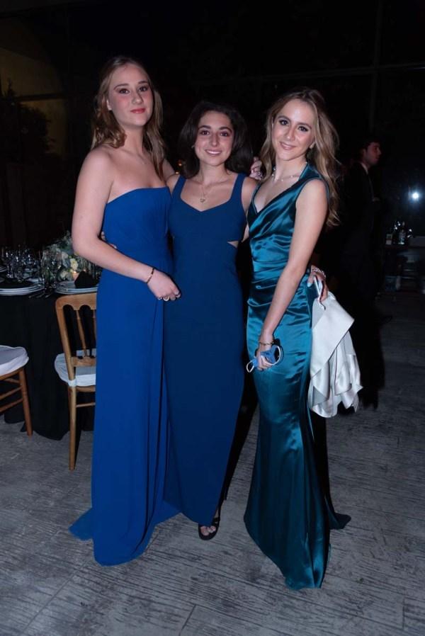 Graduación Colegio del Bosque: Regina Alonso, Isabel de Pedro y Paula Mateos