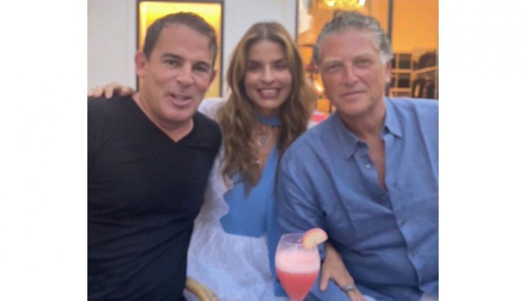Rossana Vergara y Elías Sacal con Eugenio López en Capri