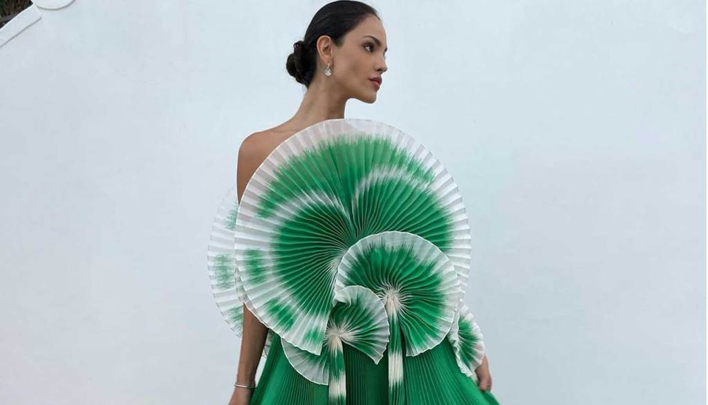 Eiza González vestido