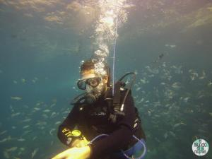 Foto de Peter submarinismo bajando a los 15 metros elmundoenlamochila.com