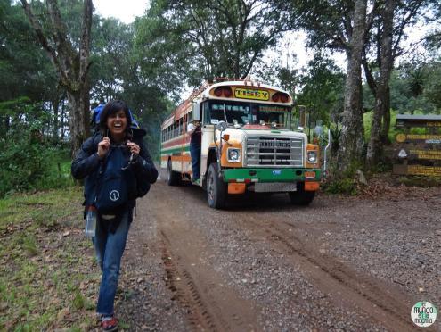 Gaby-bus-centroamerica-elmundoenlamochila