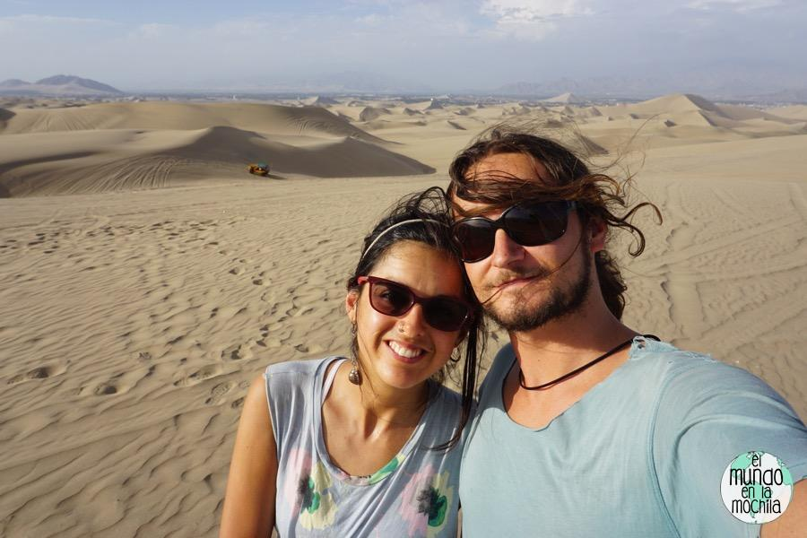 Peter-Gaby-Huacachina-desierto
