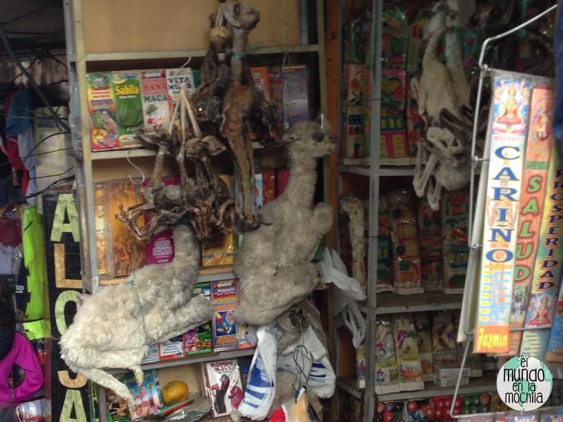 feto_llama_mercado_brujas