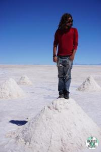 salar-de-uyuni-bolivia-peter-monticulo-sal