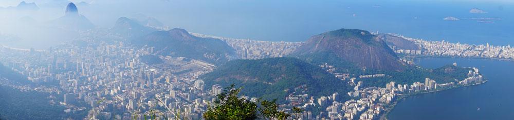 panorámica de Rio de Janeiro desde lo alto del Cristo Corcovado