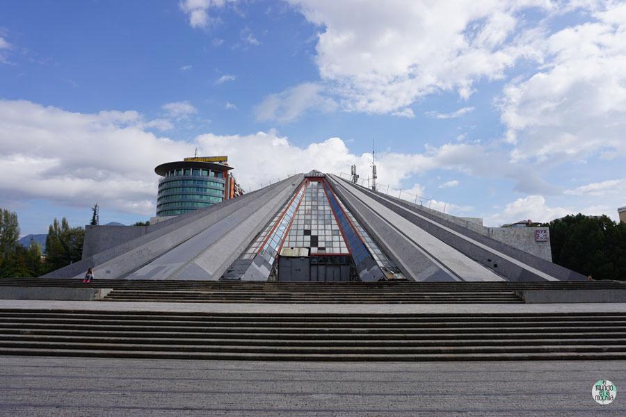 Piramide de Tirana