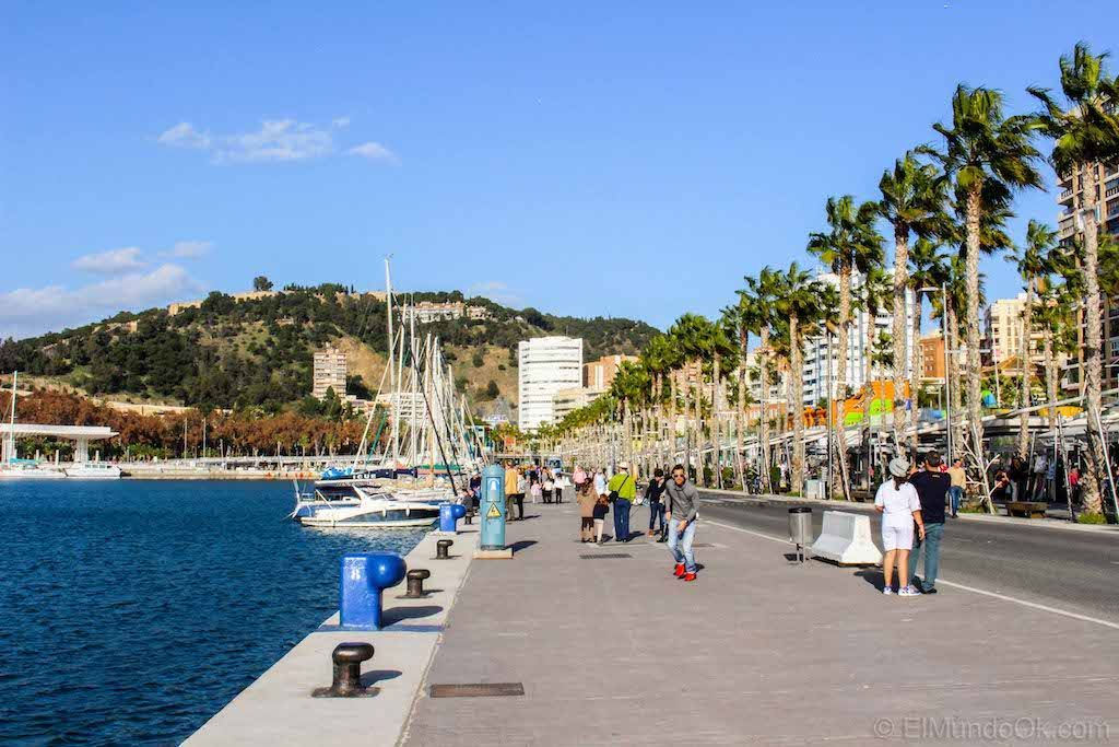 Muelle Uno del Puerto de Málaga. España.