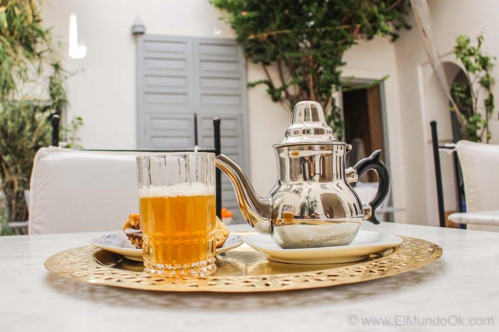 Té marroquí en el Riad Ariha. Marruecos.