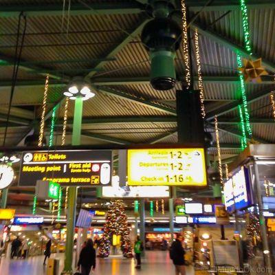 El Schiphol Plaza. Instalaciones del Aeropuerto de Amsterdam.